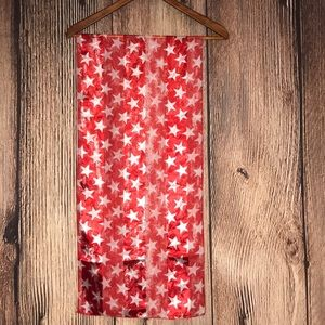 Accessories - ⭐️ RED & WHITE STARS SCARF